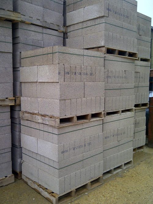 Concrete and Aircrete Blocks